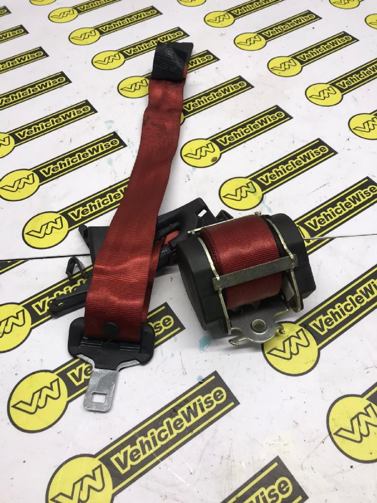 2015 RENAULT MEGANE MK3 SEAT BELT - DRIVER REAR 888408009R GENUINE USED [BP]